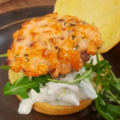 Matpodden - Lakseburger med tzatziki
